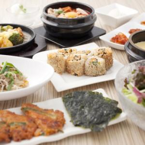スンドゥブを日本の食文化として浸透させることを目標に、真剣にスンドゥブを提供しています。