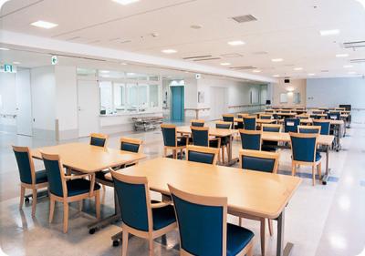 地域密着型の医療をお届けする医療法人グループが運営。大阪市住之江区にある老人ホームなどで勤務です。