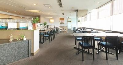 ホテル15階。富山市内を一望できる絶好のロケーション。ホテル料理人として活躍できるまたとないチャンス