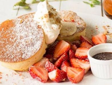 香り豊かな''湘南小麦''を使った生地のパンケーキです。