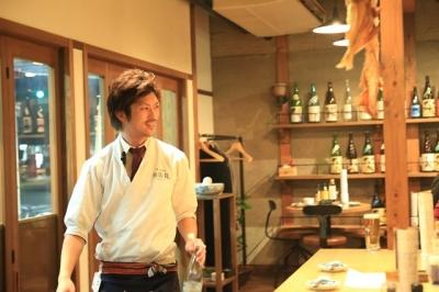 滋賀県内で6店舗を運営する飲食企業で、店舗スタッフを募集。