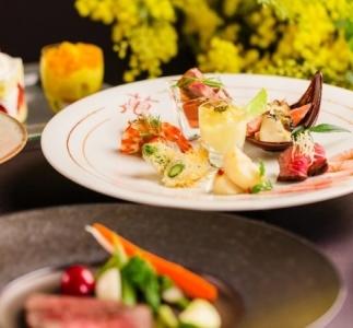 鎌倉にあるウエディング&レストランでサービススタッフとしてご活躍を◎