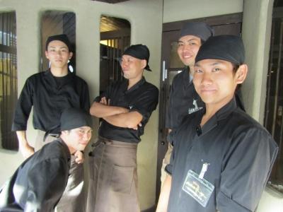新鮮な鶏肉を使用し、職人が丁寧に焼き上げる「炭火焼鳥 はる」で店舗スタッフ(店長候補)を募集!