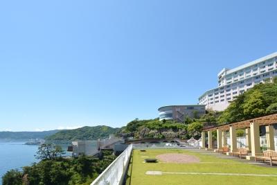 日本有数の総合リゾート施設である「アカオリゾート公国」。働きやすい待遇も揃えています。