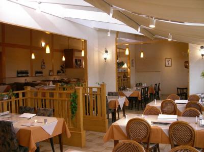 種類豊富なメニューが大人気のイタリアンカフェレストランにて、店長候補としてご活躍を。