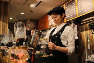 東京都内にあるカフェで店長候補として活躍しませんか?
