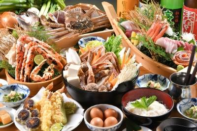 新鮮な魚料理以外に、串かつや天ぷらなどもお出しします