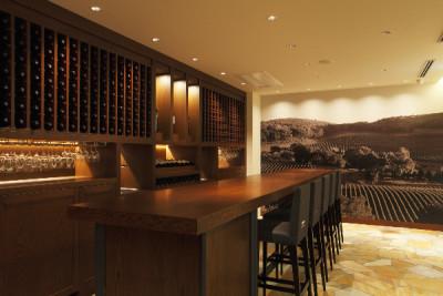 高級ワインブランドが手がける直営レストランでホールスタッフを募集