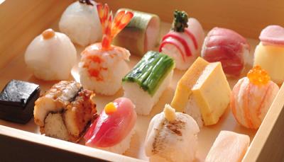 京都市内全4店舗で調理スタッフを募集します。本格的に和食の腕を磨ける環境です◎