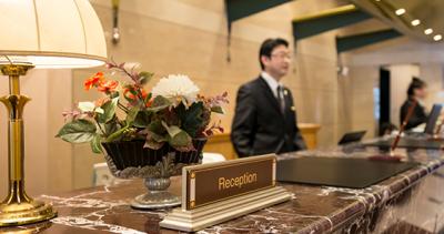 大阪・ベイエリアにあるホテルで、ホールスタッフを募集します!