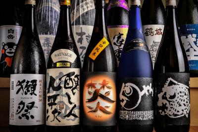 定番の日本酒から季節の隠し酒まで、こだわりの地酒・銘酒を揃えています!