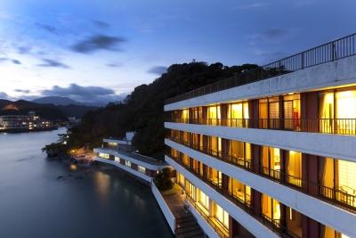 """""""一島一旅館""""、紀の松島に浮かぶ天然温泉宿のレストランマネージャーを募集!"""