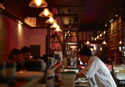 現地スタッフと共に日本食のおいしさやサービスの素晴らしさを広めませんか?