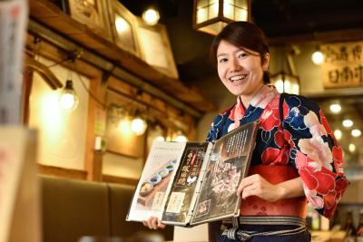 大阪府内の各店舗で、ホールスタッフ(店長候補)としてご活躍ください!