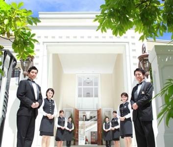 2兆円規模のウエディング事業や、ホテル・レストラン事業を展開する東証1部上場企業で、総務職を募集中!