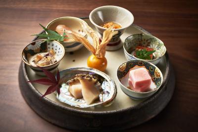 """""""和食のリデザイン""""をコンセプトとし、新しい和食文化を生み出しています。"""