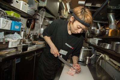 新鮮な素材を扱うため、調理スキルもしっかり身につく環境です。