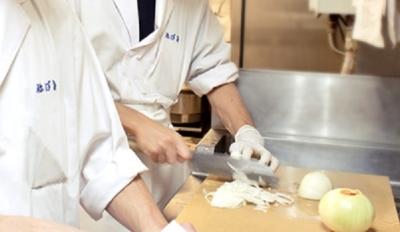 上質な土佐食材を扱える、土佐料理専門店で和食の調理技術にさらなるみがきをかけませんか。