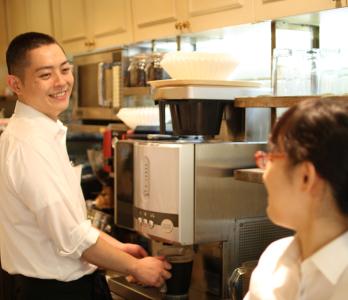 大阪市内をメインに多数の店舗を展開する「KIEFEL COFFEE」で店舗スタッフを募集!