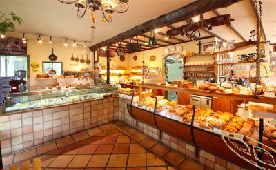 愛知・名古屋にある有名ブーランジェリーで、未経験の方もイチからパン職人をめざせます!