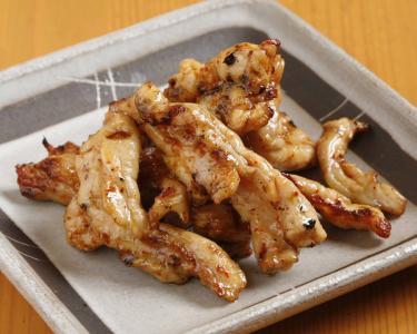 「鶏せせり焼き」と「赤から鍋」が自慢のお店