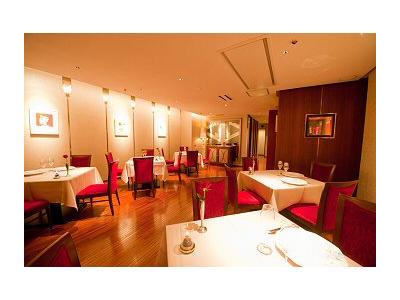 上場企業が運営する会員制フレンチレストランで、キッチンスタッフとしてご活躍ください!