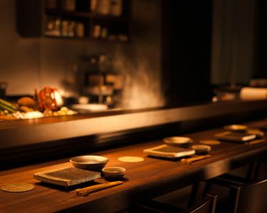 22:00~は時給1,500円!口コミサイトで高評価の天ぷらと二八蕎麦のお店でホールのアルバイト★