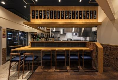 ラーメン・焼肉・居酒屋・カフェなど多彩なお店を運営する企業が母体。いずれは本部で店舗開発を行う事も◎