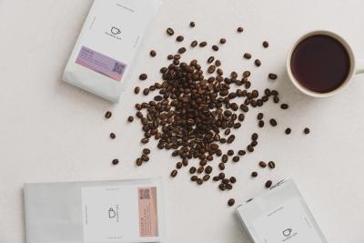 【月8日以上休み】未経験からプロのコーヒー豆焙煎士をめざせる!完全キャッシュレスのカフェやオンラインショップを運営◎時代を先取りする企業で新しい一歩を踏み出そう