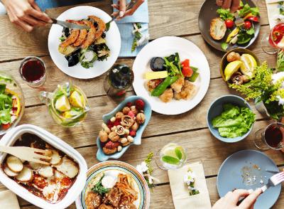 「健康的で美味しい食事」をご自宅で手軽に楽しめる、ヘルスケアフードデリバリーサービスを提供。