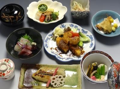 京都・鴨川沿いにある京料理店で店長候補を募集