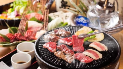 ヘルシーで栄養価の高い馬肉料理は、当店の看板メニューです。