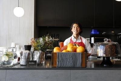 表参道にある大人な雰囲気の落ち着いたカフェです。