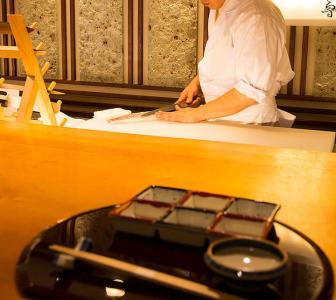 丁寧な調理技術で日本料理の魅力を伝えていきましょう!