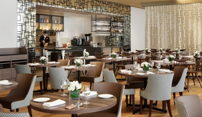 ホテルをはじめ、ゴルフ場、レストラン、カフェなどさまざまな施設を運営する安定企業で働こう♪