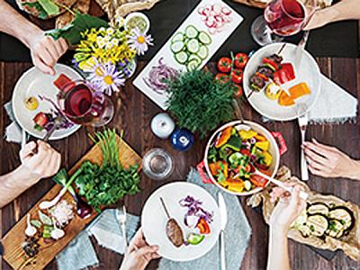 フランス・スイス・イギリスで修業したシェフが立ち上げる自然派レストランで、スタッフ募集!