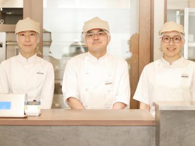 小麦のプロがこだわりぬいた、安心・安全の食パンを提供する専門店です。