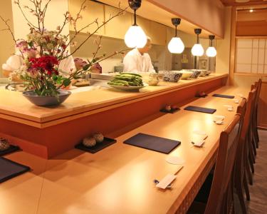 銀座にある桜肉料理専門店と京料理店で、調理スタッフとして働きませんか?