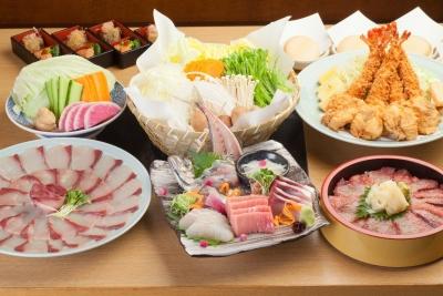薄造りや唐揚げなど、ふぐ料理のコースのほか、高品質の魚介料理が楽しめる海鮮料理店を展開中です。