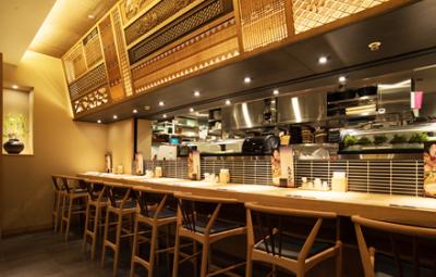 海鮮居酒屋やジンギスカン専門店など、計5店舗でキッチンスタッフを募集します。