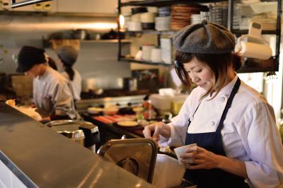 エイムエンタープライズ株式会社 『cafe double』