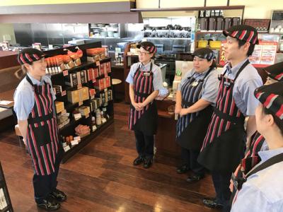 今までの経験を活かして、店舗運営にまつわるマネジメント全般をお任せ。