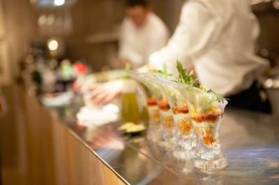 東京/恵比寿にある本格ビストロ。ライブキッチンの躍動感とともに、上質な料理をご提供◎
