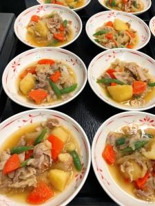 和定食が中心ですが、洋食や韓国料理など幅広いメニューをご提供しています