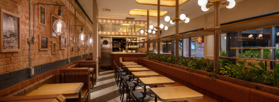 バルのオシャレな雰囲気をカフェの可愛い雰囲気を融合させたバルカフェです。