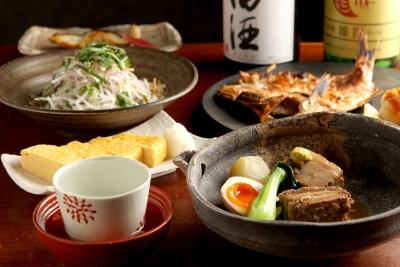 大かまどで炊き上げるおいしいご飯が自慢の和食料理店。心を込めたサービスでお客様をもてなしてください。