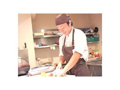 各店の店長、料理長、スタッフが考案したものが共通のグランド・メニューになることも!