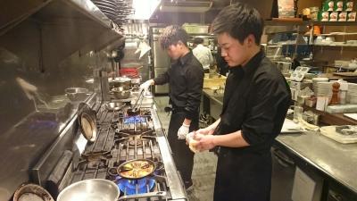 キッチンは広々!調理経験のある方は経験を活かして。経験ない方も調理補助などをお任せ