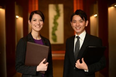 ご利用になるお客様の半数が海外の方で、スタッフもさまざまな国籍をもつ、国際色豊かな環境です。