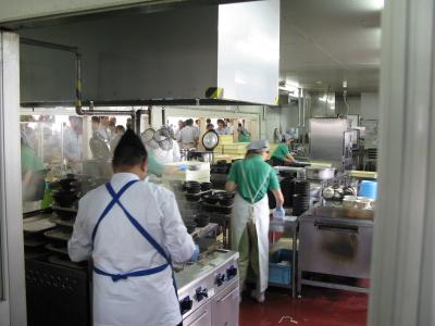 「株式会社日本製鋼所 広島製作所」内にある社員食堂で、店長候補を募集します